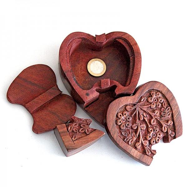 Puzzlebox aus Holz -Herz-