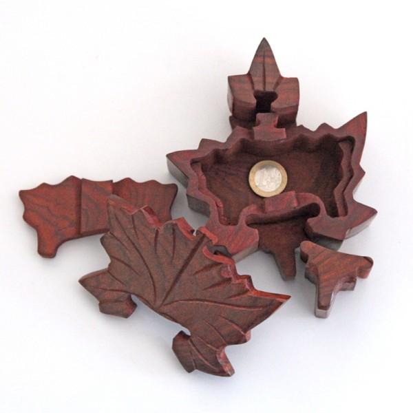 Puzzlebox aus Holz -Blatt-